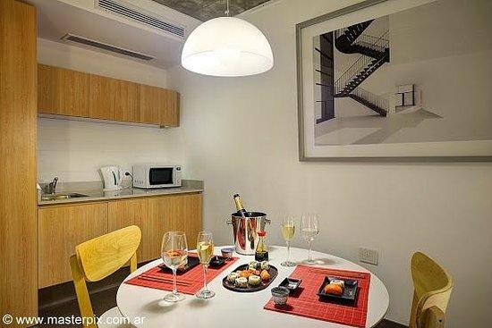 Babel Suites: Kitchenette