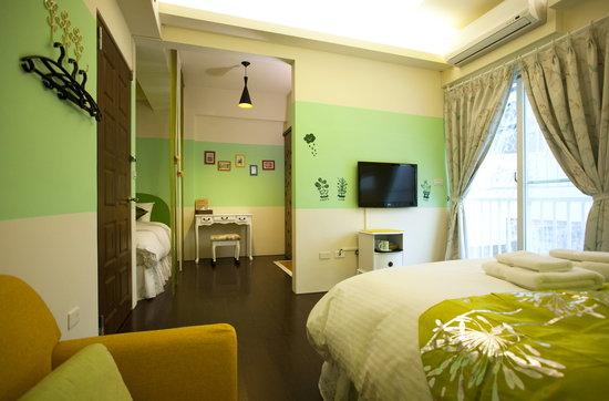 Sweet Rainbow Hostel