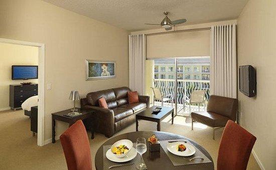 Melia Orlando Suite Hotel at Celebration: Normal Melia Orlando Bedroom Suite