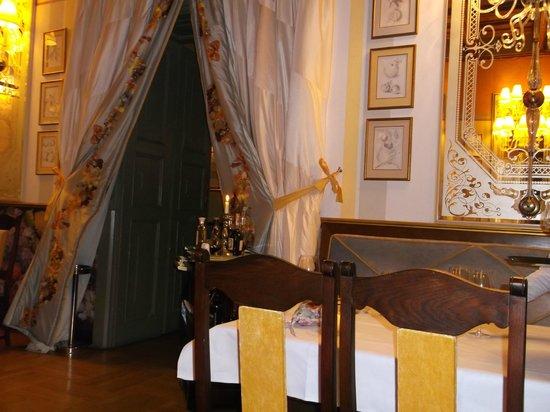 Hotel Wentzl : The dining room
