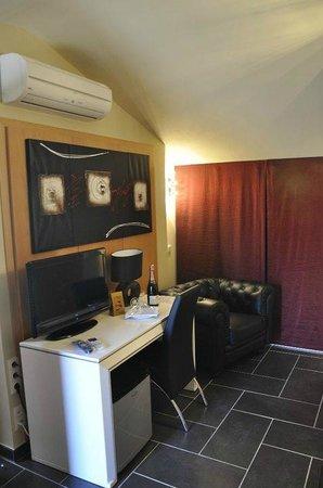 Hostal Manel: Salon Suite