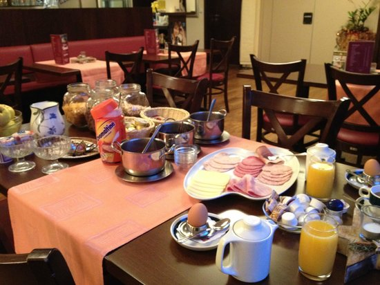Hotel Rheintal : Petit-déjeuner