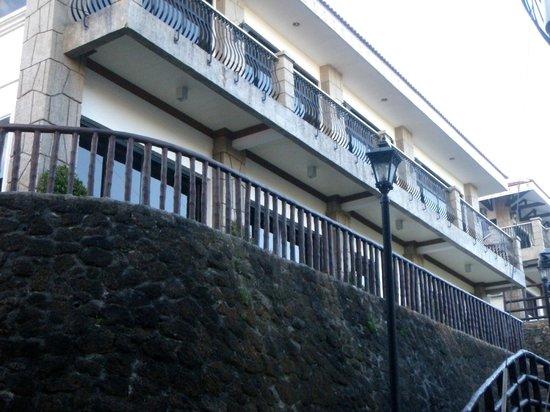Sol Y Viento Mountain Hot Springs Resort: hotel