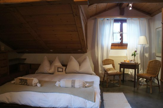 Silvi's Dream Catcher Inn Guesthouse : Our comfy double bed