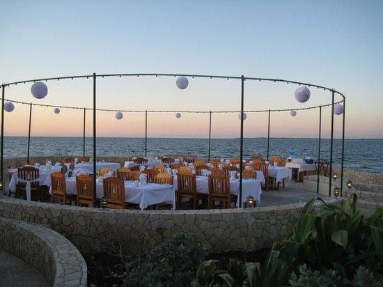 The SPA Retreat Boutique Hotel: Blue Mahoe Restaurant outdoor area - wedding setup