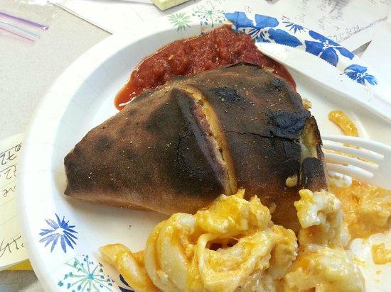 Calzone & Macaroni Co. : Burnt Cheeseburger calzone