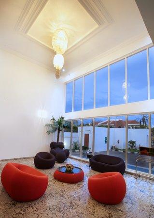 Summerset Continental Hotel : Costus Lounge