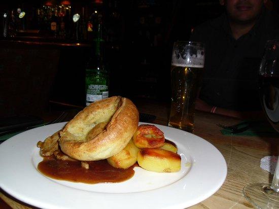 The Heart of Northumberland: Roast pork dinner