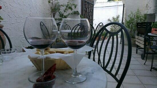 Enoteca la Stadera: Perfect wine and impresion