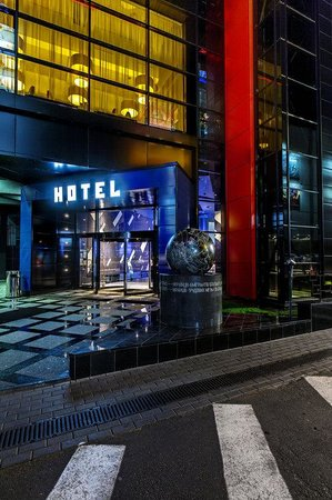 Cosmopolite Hotel: Hotel Entrance