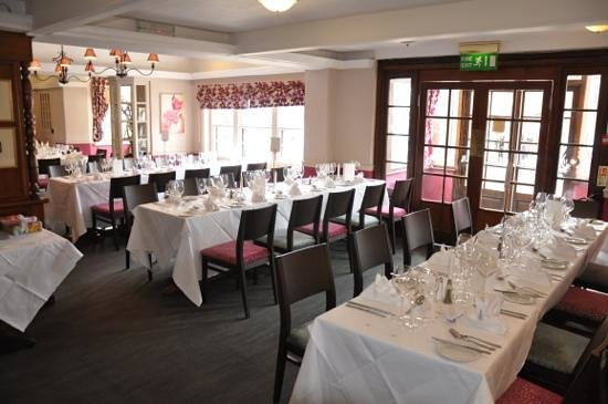 The White Horse Hotel, Dorking: wedding breakfast
