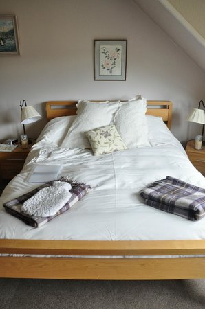 Netherfield Bed and Breakfast: The other half of the room