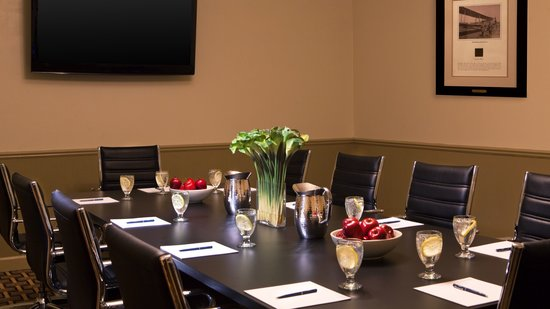 Four Points by Sheraton Kalamazoo: Meeting Space