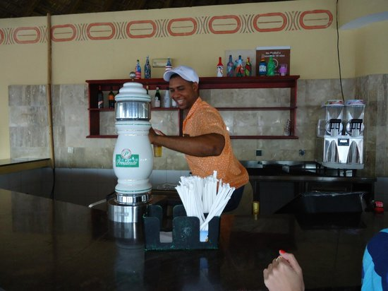 Dreams Punta Cana Resort & Spa: Anibal always smiling and dancing