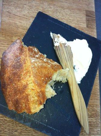 Bistro Nord: Hjemmelavet brød og hjemmerørt smør