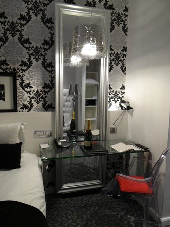 Protea Hotel Fire & Ice Johannesburg Melrose Arch: Housekeeping was immaculate