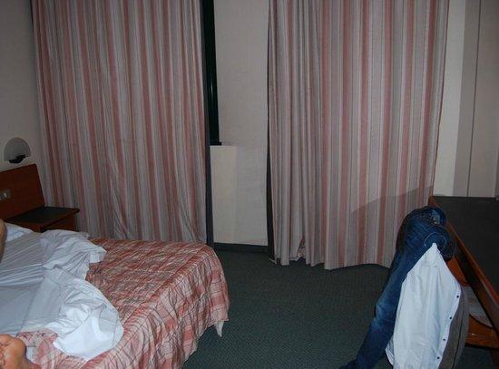 Euro Hotel: CAMERA ECONOMY