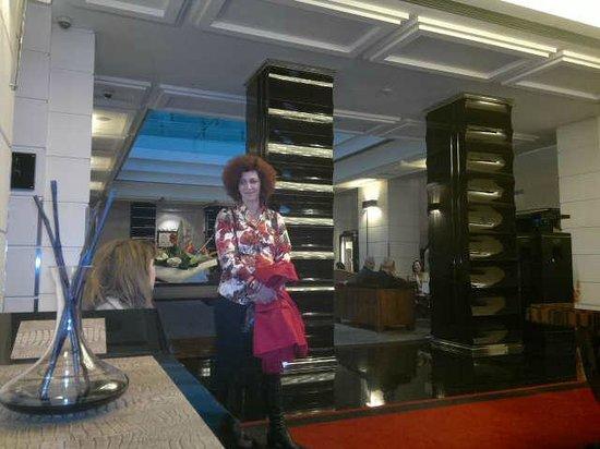 Grand Hotel Via Veneto: εισοδος