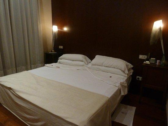 Hotel Palacio Ca Sa Galesa : Cama, zona de descanso
