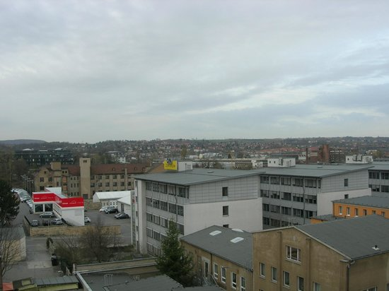 ACHAT Comfort Dresden: Вид из окна на город