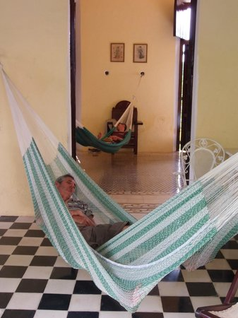 Hacienda Yaxcopoil: Lovely, lazy hammocks