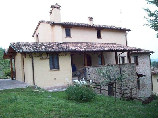 Country House Ca' Vernaccia: Retro della struttura