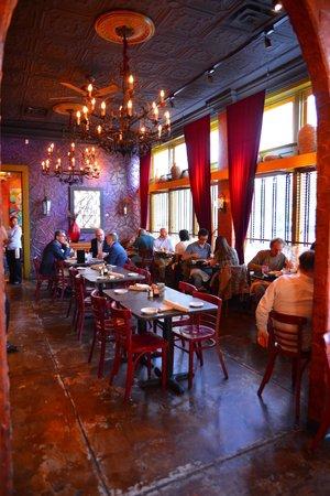 Veracruz Cafe: Interior dining room