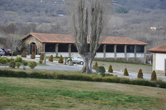 Hotel Izan Puerta de Gredos: Piscina cubierta