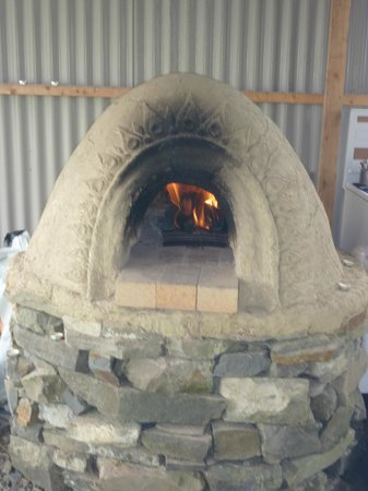 Purecamping: Clay Pizza Oven on site