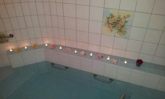 Atrium Hotel Blume : Hotspring pool