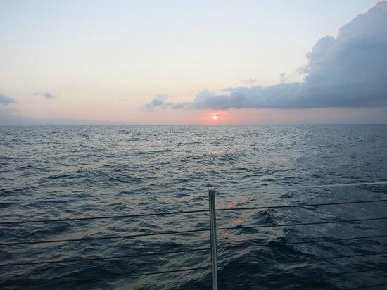 Gemini Charters: Sunset View