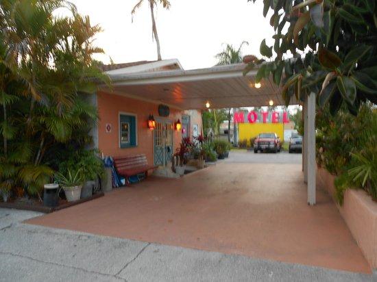 Conty's Motel: hall
