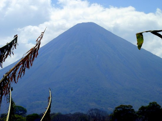 Macua Tours & Travel: Concepcion Volcano/Ometepe