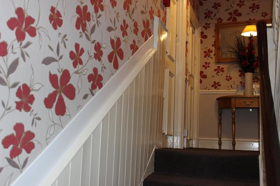 Palace Hill Hotel Scarborough: Stairs up to first floor