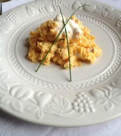 Auld Alliance: seriously delicious scrambled egg with smoked salmon for breakfast