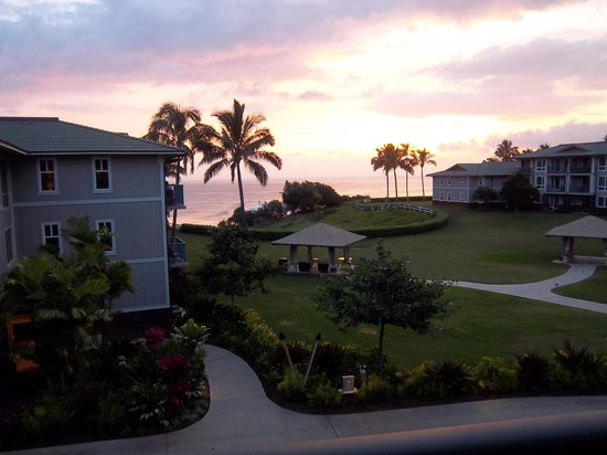 Westin Princeville Ocean Resort Villas : sunrise from our room