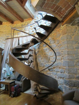 Castillo de Arteaga: Spiral stair to roof deck of 2nd floor tower room