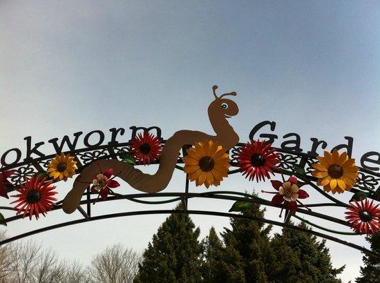 Bookworm Gardens: Entrance