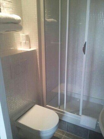 Campanile Nice Centre - Acropolis: il bagno pulitissimo