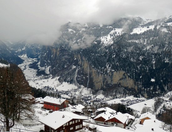 Sunny Days Bed & Breakfast: Wengen (worth going even if the higher reaches are out of bounds)