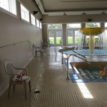 Sleep Inn & Suites: water features