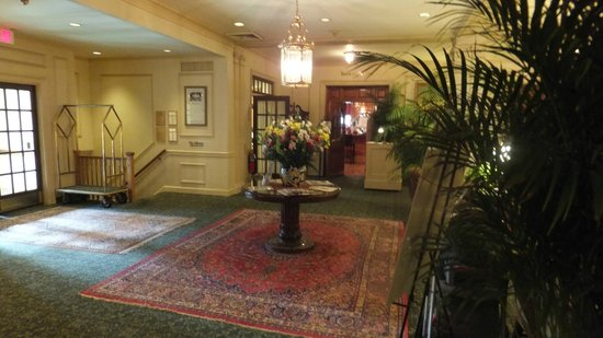 Hawthorne Hotel : The lobby