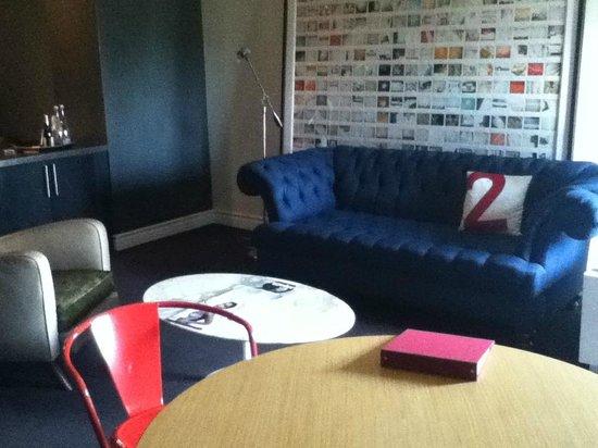 بالي هاوس هولواي: living room