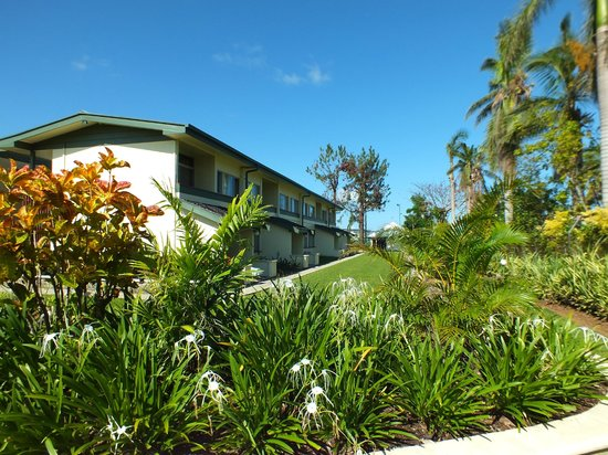 Fiji Gateway Hotel: grounds