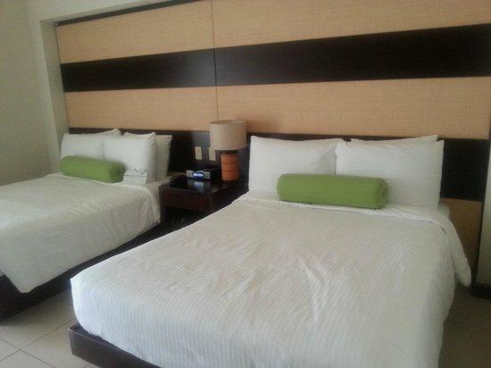 Villas Sol Hotel & Beach Resort: Habitación