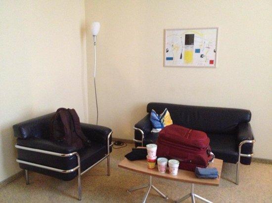 Starlight Suiten Hotel Renngasse: Living room