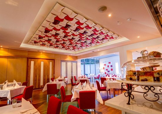 Mantra Charles Hotel: Restaurant Esca