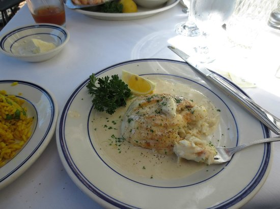 Wharf Restaurant: Crab stuffed flounder for lunch