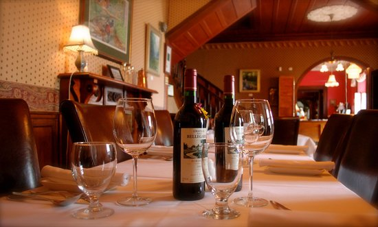 Auberge maison wakeham gaspe restaurant reviews phone for Auberge maison gagne tripadvisor