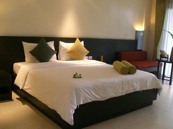 Deluxe Room Picture Of Apsara Beachfront Resort And